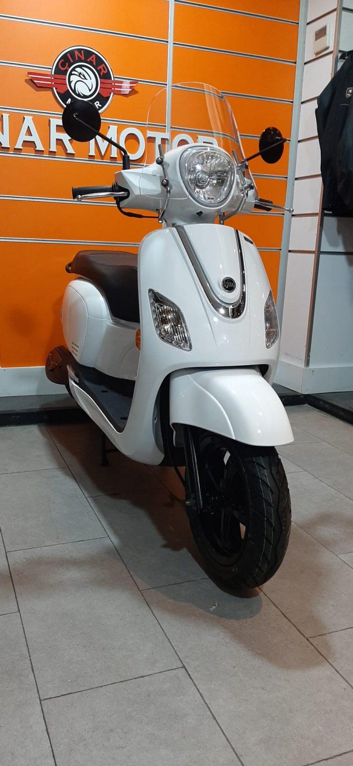 SYM Fiddle III 125 2021 Model Sıfır Kilometre Senetle Motosiklet Beyaz 10