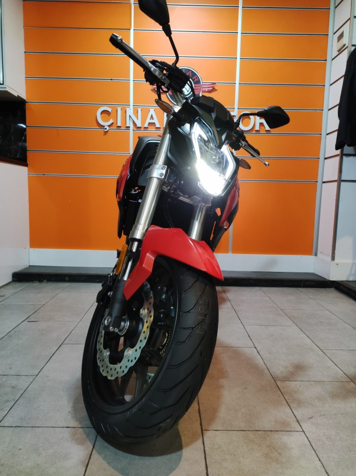 Voge 500R 2021 Model Sıfır Kilometre Senetle Motosiklet 1