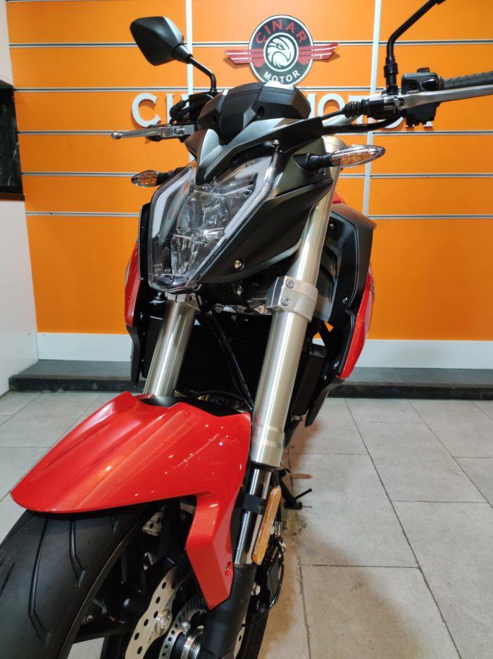 Voge 500R 2021 Model Sıfır Kilometre Senetle Motosiklet 4
